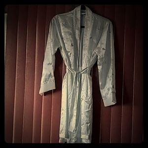 Morgan Taylor intimates satin robe with flower